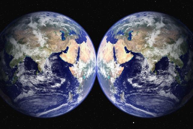 パラレル地球