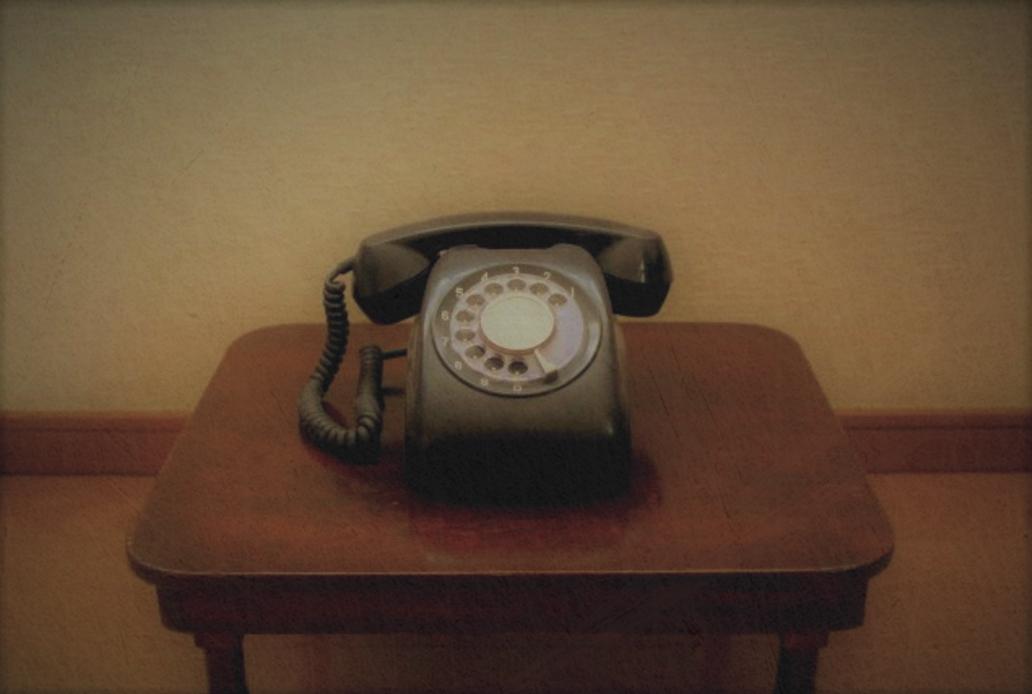卓上型600形電話機 黒電話
