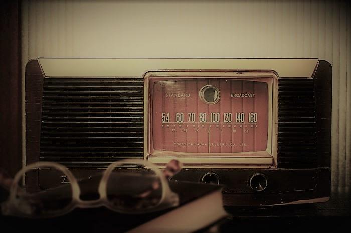 ラジオとメガネ